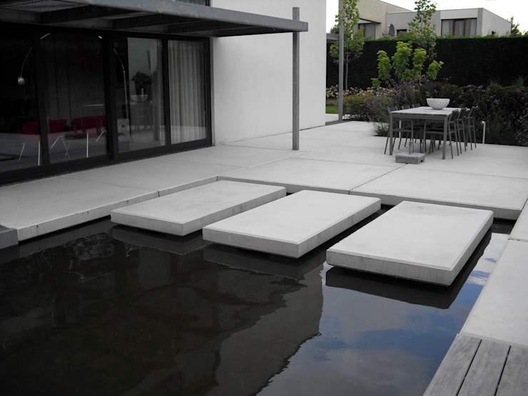 Lopen over water Sparq Tuinen Moderne tuinen