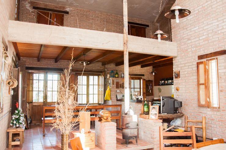 Abitar arquitectura Rustic style dining room