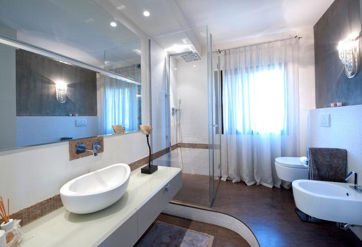 bilune studio Casas de banho modernas