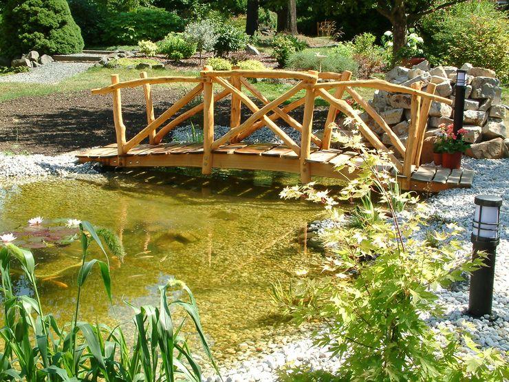 Brücke für den Gartenteich Rheber Holz Design GartenSchwimmbecken und Teiche Holz Beige