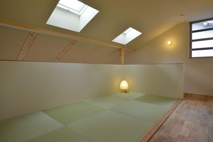 バウムスタイルアーキテクト一級建築士事務所 Modern style media rooms
