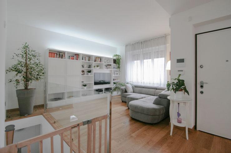 Casa SID Marco D'Andrea Architettura Interior Design Soggiorno eclettico Legno Bianco