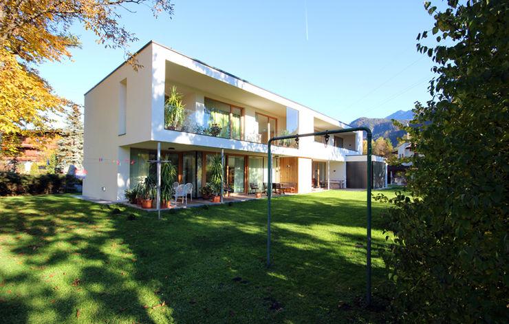 DOPPELHAUS H. BESTO ZT GMBH_ Architekt DI Bernhard Stoehr Moderne Häuser