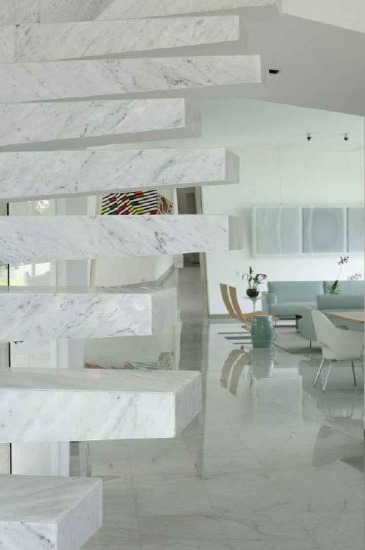 oda - oficina de arquitectura Modern living room