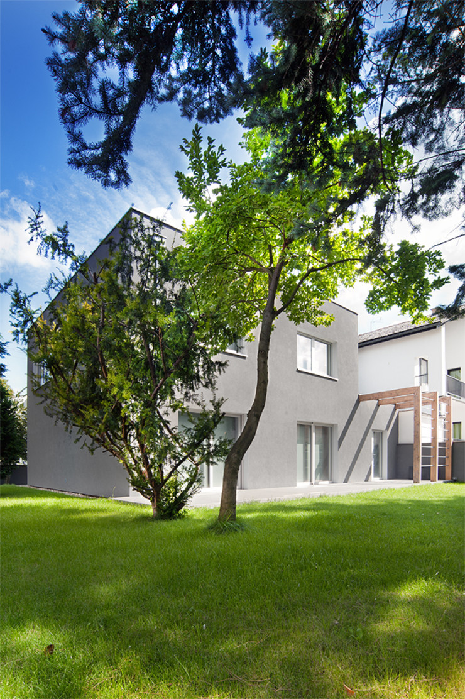 PL+sp. z o.o. Moderne huizen Grijs