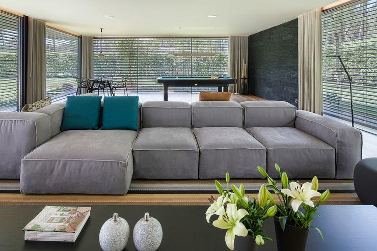 INAIN Interior Design Livings de estilo moderno