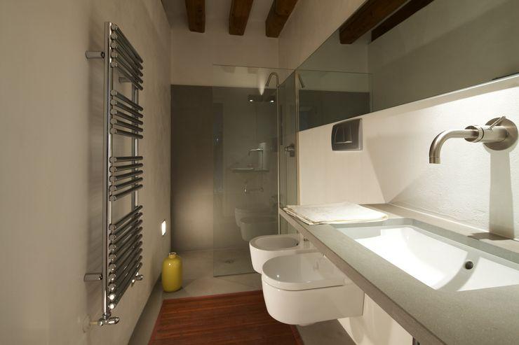 Bagno ospiti cristina mecatti interior design Bagno moderno