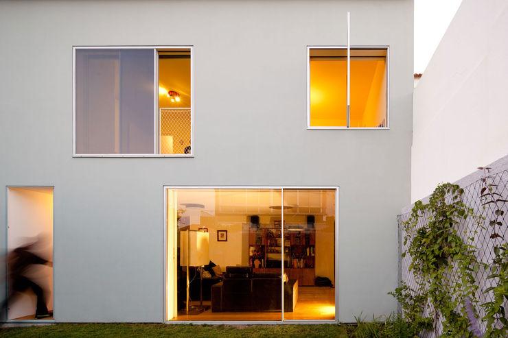 EXTRASTUDIO Casas de estilo mediterráneo