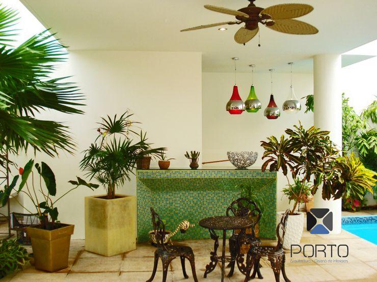 PORTO Arquitectura + Diseño de Interiores Eclectic style balcony, veranda & terrace
