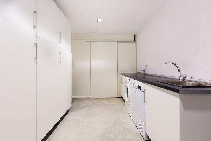 ISLABAU constructora 現代浴室設計點子、靈感&圖片
