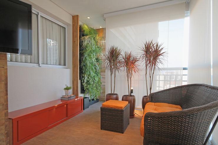 Varanda Apartamento Santana Officina44 Varandas, alpendres e terraços rústicos