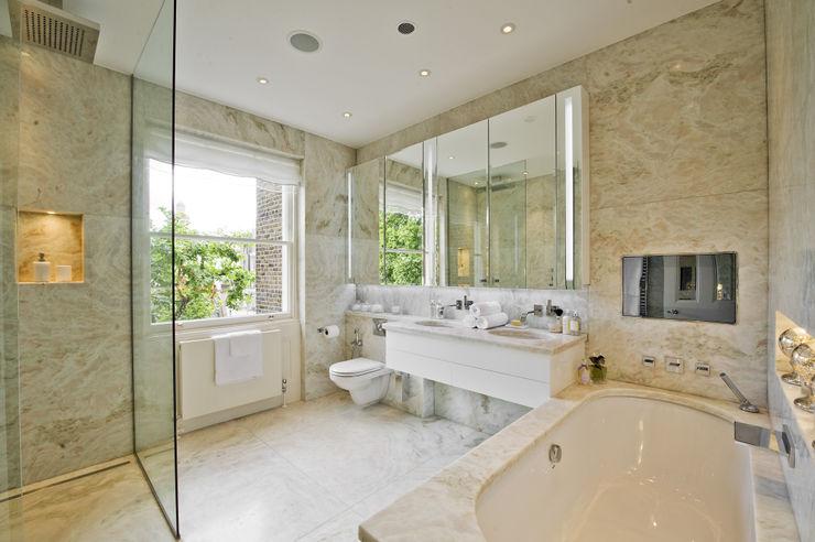 Bathroom at the Chester Street House Nash Baker Architects Ltd 浴室