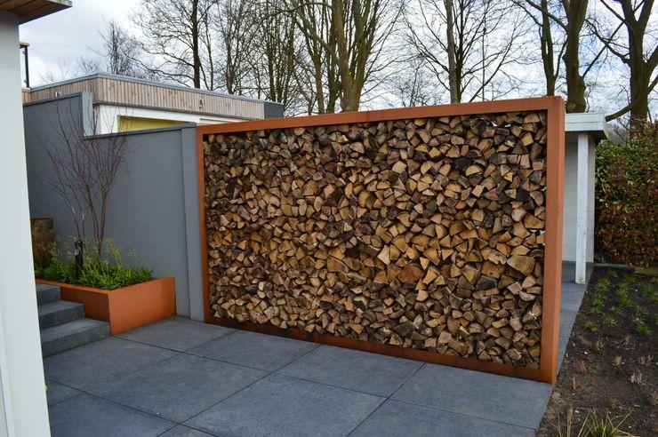 Woning + kantoor Utrecht STROOM architecten Moderne tuinen Natuurlijk Oranje