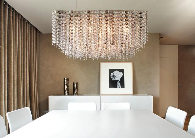 ruiz narvaiza associats sl Modern Dining Room