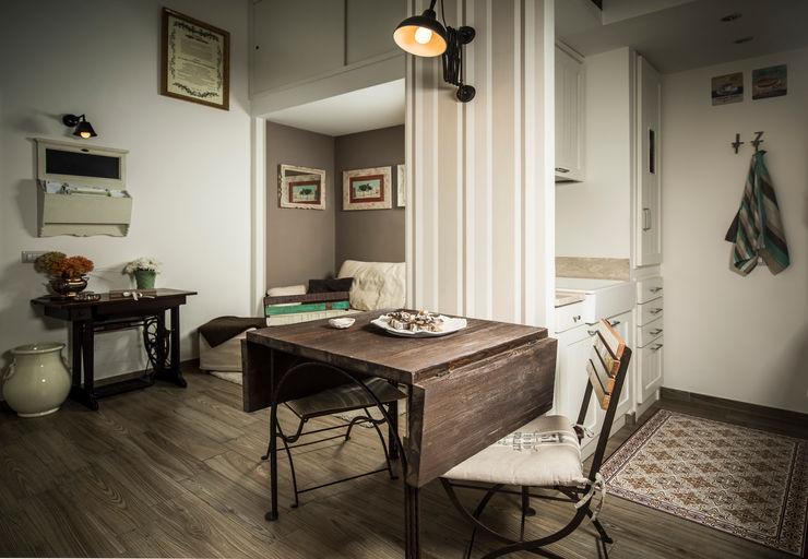 Appartamento Napoli Giuliana Andretta Architetto Sala da pranzo moderna