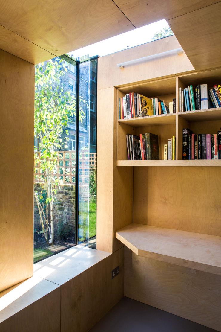 Shadow Shed Neil Dusheiko Architects مكتب عمل أو دراسة