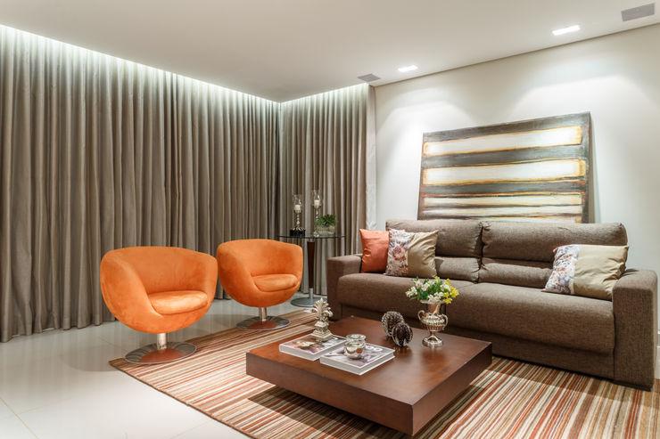 Morávia - Arquitetura e Interiores Salas modernas