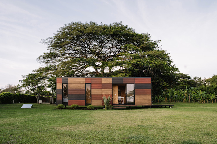 COLECTIVO CREATIVO Modern houses