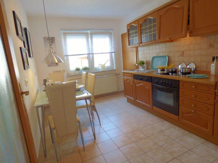 Birgit Hahn Home Staging Country style kitchen