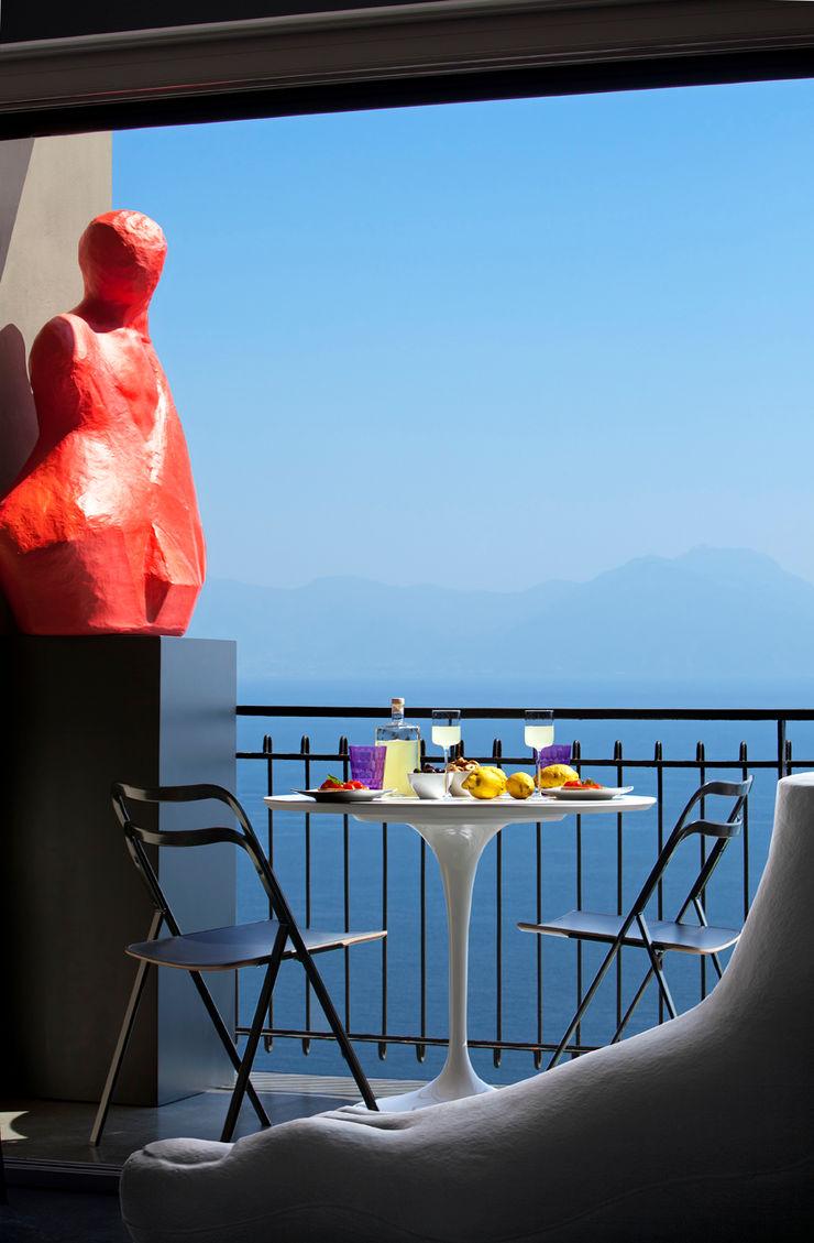 PDV studio di progettazione Varanda, marquise e terraçoAcessórios e decoração Vermelho