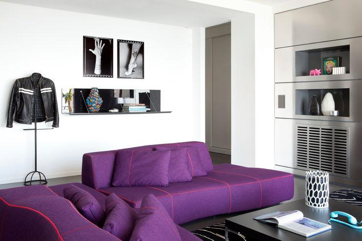 PDV studio di progettazione Sala de estarSofás e divãs Roxo/violeta