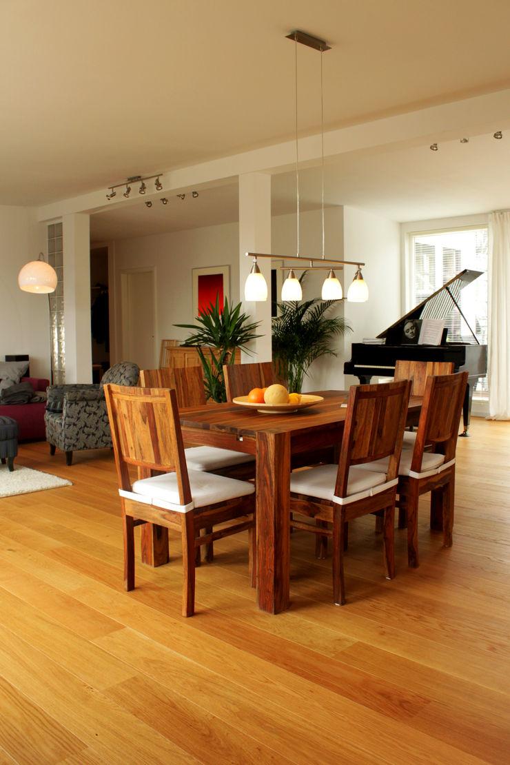 ORTerfinder Modern living room Wood White