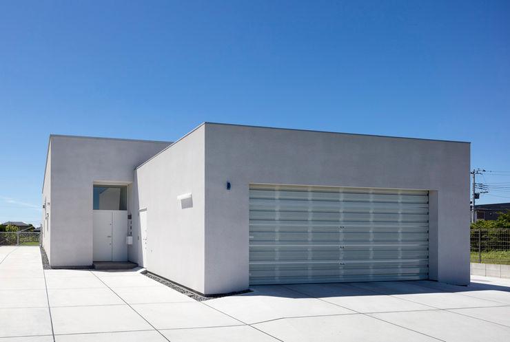 ジャムズ Modern houses White