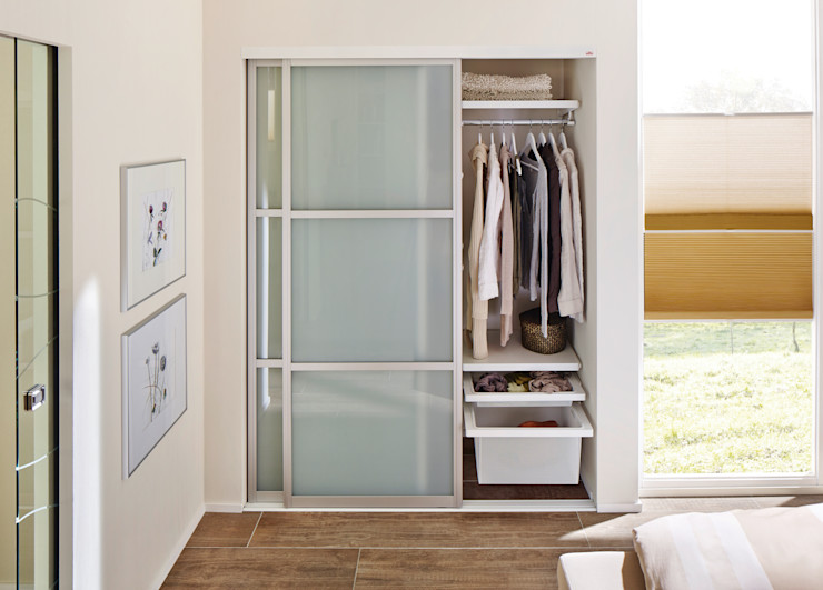 Elfa Deutschland GmbH Scandinavian style bedroom Glass White