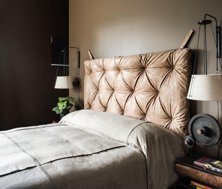 Truckee Residence Antonio Martins Interior Design Inc 에클레틱 침실