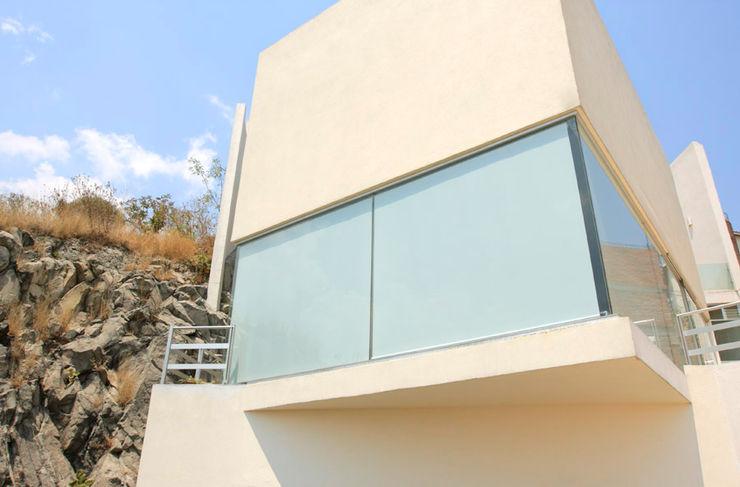 alexandro velázquez Modern Windows and Doors
