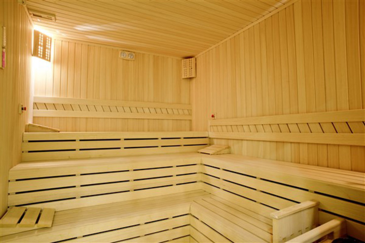 CCT INVESTMENTS Spa Modern