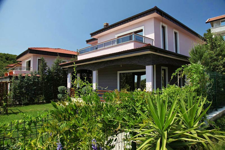 CCT INVESTMENTS Modern Houses
