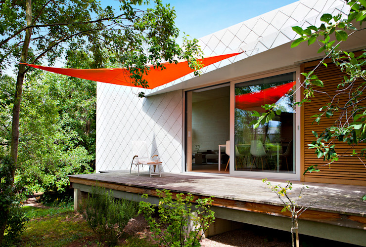 DANKE Architekten Modern balcony, veranda & terrace