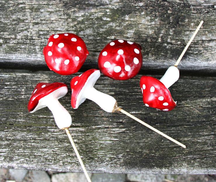 5x Fliegenpilze/ Glückspilze STECKER Pilze Herbst, Weihnachten, Silvester homify EsszimmerAccessoires und Dekoration Rot