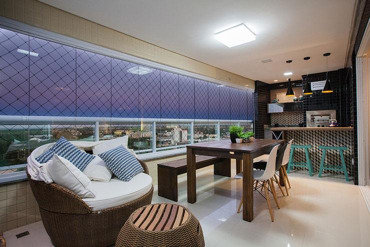 Casa2640 Eclectic style balcony, porch & terrace