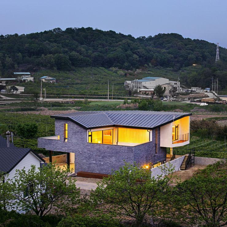 'Snow AIDe Modern Houses