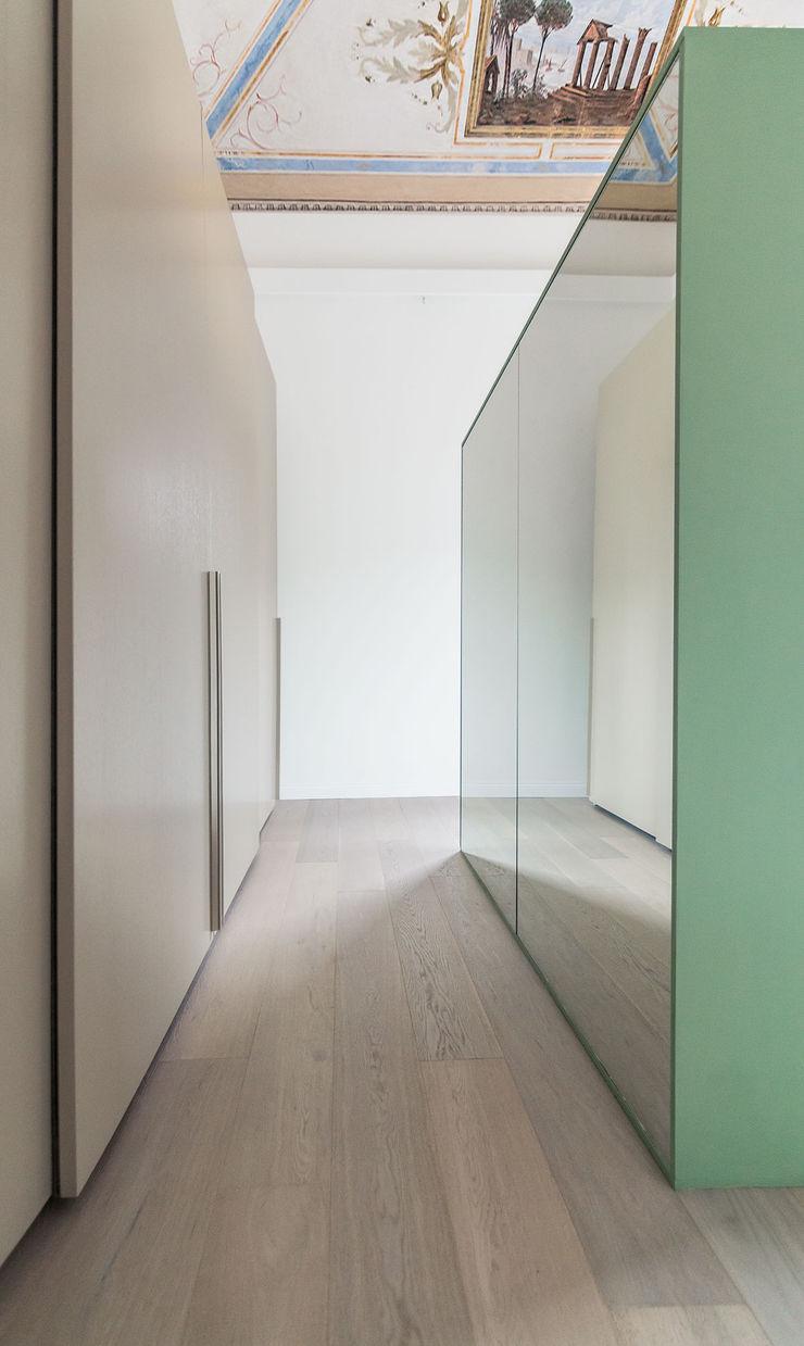 Creto House UNO8A Camera da lettoArmadi & Cassettiere