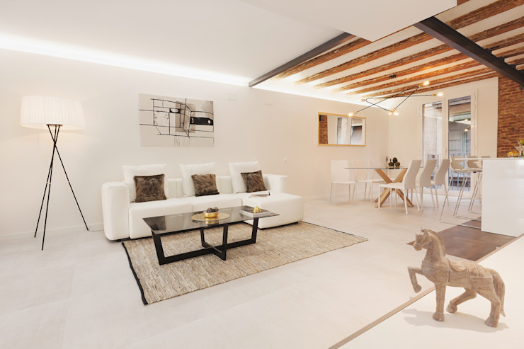 Living room Markham Stagers Soggiorno moderno Bianco
