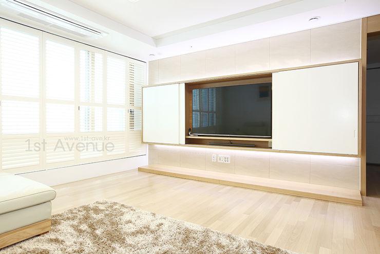 하얀 수국을 닮은 화이트톤 인테리어 퍼스트애비뉴 모던스타일 거실