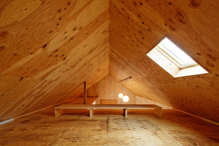 株式会社井上貴詞建築設計事務所 Minimalist garage/shed