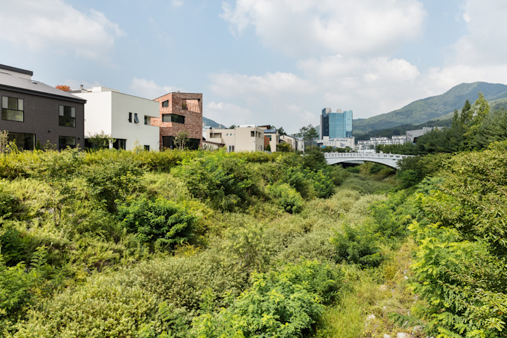 aandd architecture and design lab. Modern houses