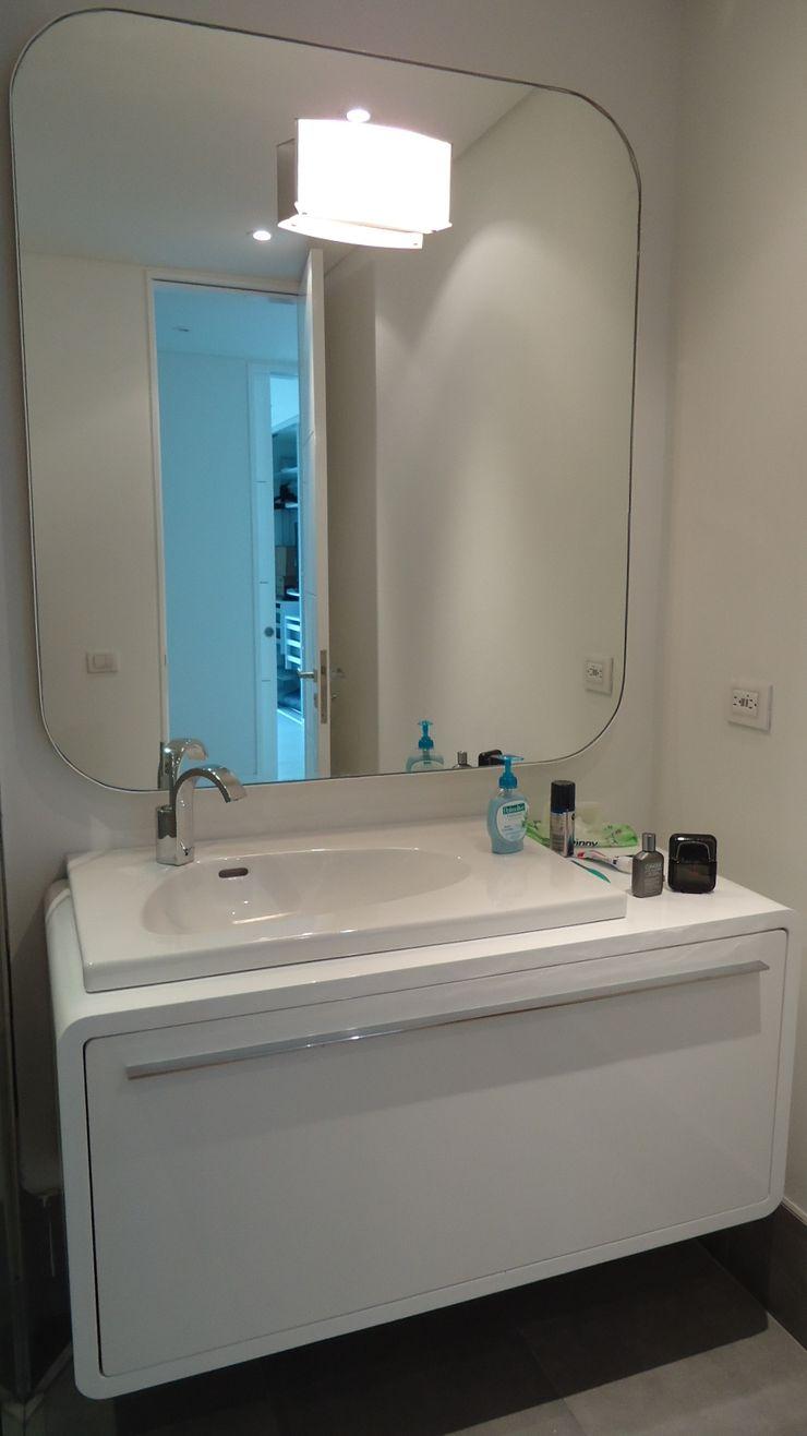 Mako laboratorio BathroomStorage Wood White