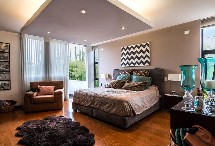 aaestudio Modern style bedroom