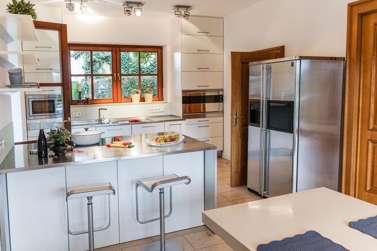 Staging einer Villa zum Verkauf Home Staging Gabriela Überla Klassische Esszimmer