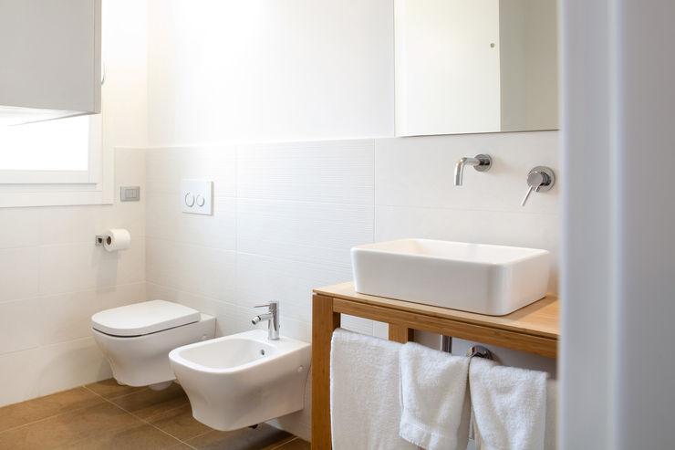 senzanumerocivico Ванная комната в стиле модерн