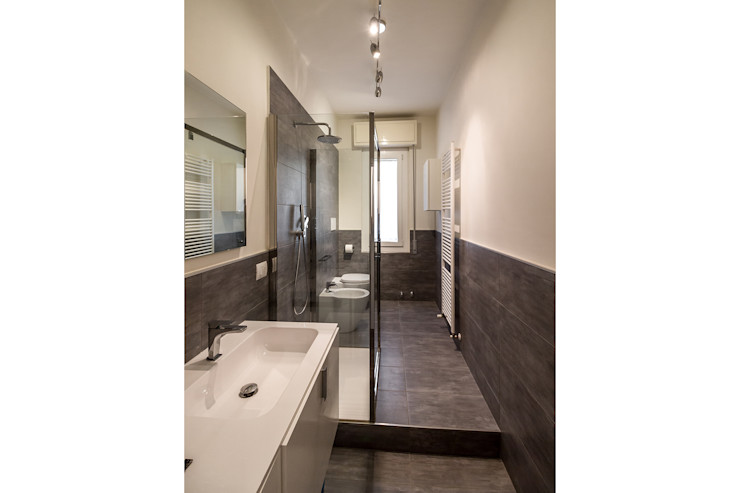 Bartolucci Architetti Casas de banho modernas Cerâmica Cinzento