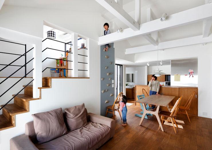 一級建築士事務所アトリエm Asian style living room Wood Wood effect
