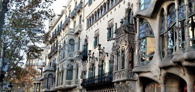 Estudio Arquitectura Ricardo Pérez Asin Classic style balcony, veranda & terrace