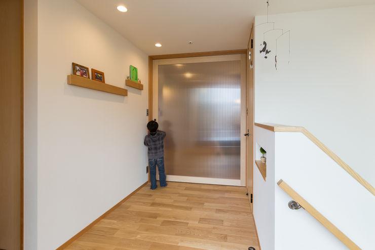 Hall リノクラフト株式会社 窓&ドアドア 木 白色