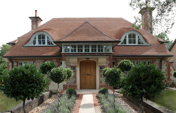 Front facade The Wood Window Alliance Classic style houses Wood Grey